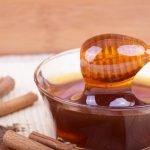 Masker van kaneel en honing